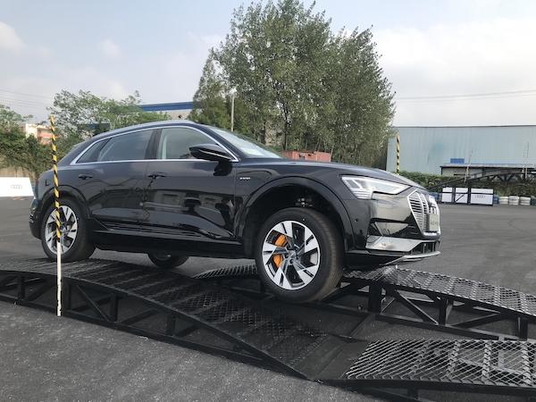 奥迪e-tron,能够弹射起步的豪华SUV