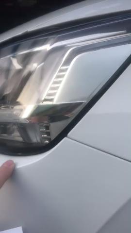 一汽大眾奧迪Q2L新車大燈出現裂紋,但廠家和4S店相互推脫且拒絕維修