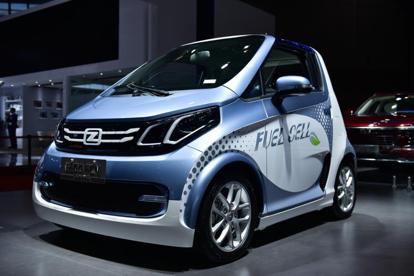 绿动未来—众泰上海车展首发E200 FCV燃?#31995;?#27744;汽车