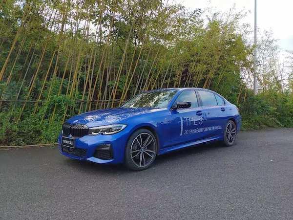 全新宝马3系试驾 感觉更多科技感同时也逝去BMW式运动感?