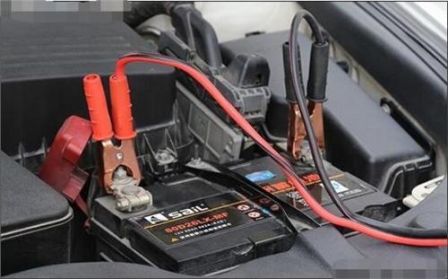 """""""封城""""封路 车辆长时间停放 亏电问题你想过吗?"""