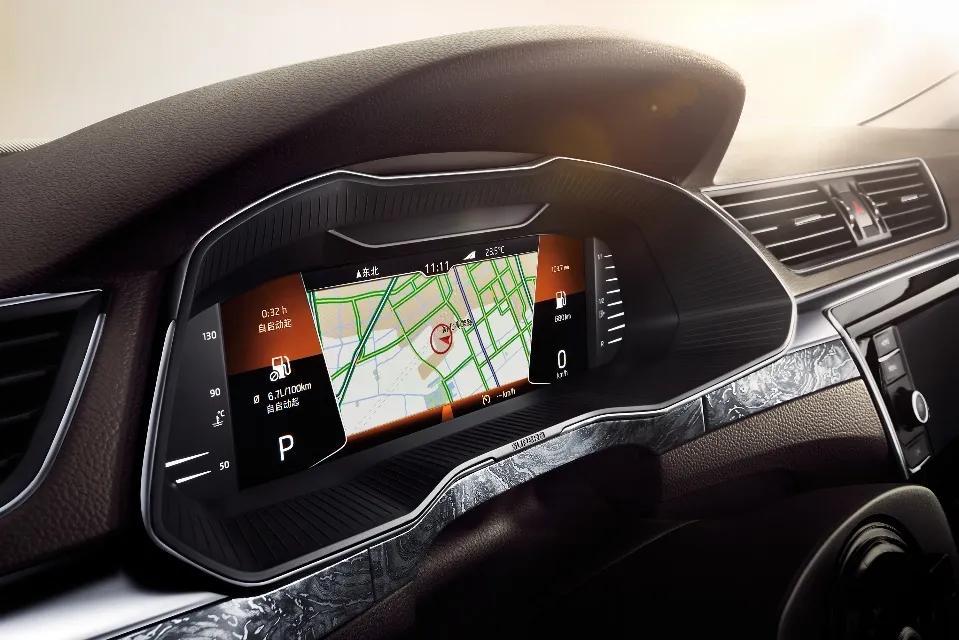 新速派打造科技駕艙 助力智能行車生活