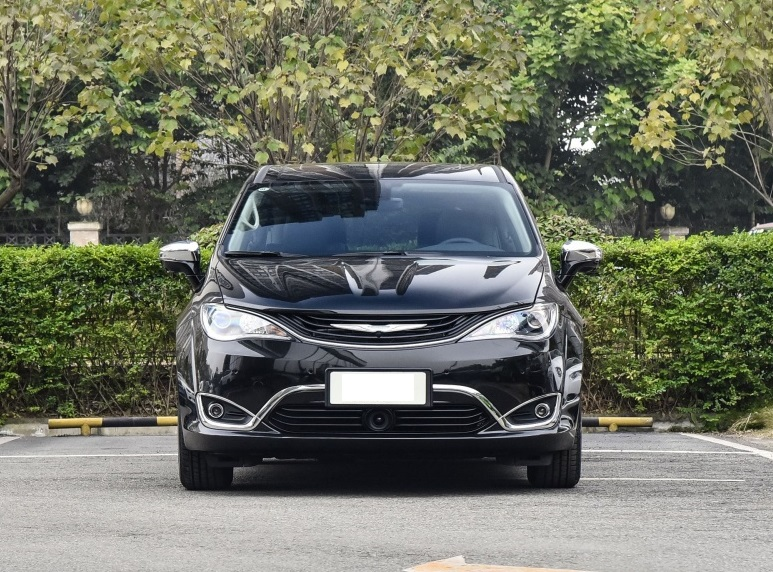 克莱斯勒(中国)汽车销售有限公司召回部分进口插电混动版大捷龙汽车