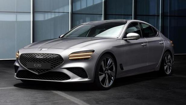 这车比奥迪A4L廉价,纯进口配V6引擎,颜值酷炫,比C级还气派