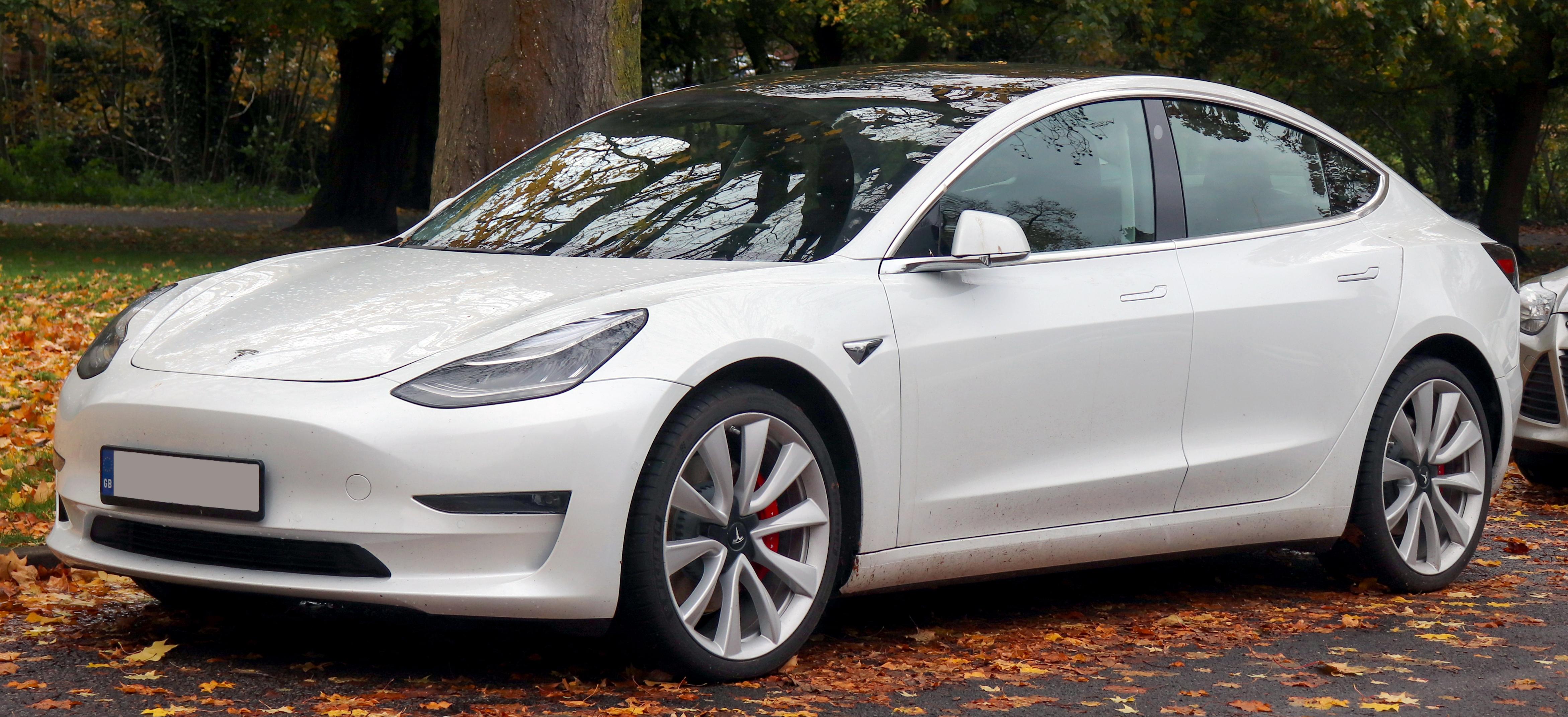 Model 3質保期内遭遇動力電池故障,4S傲慢無禮,特斯拉的未來怎麽走