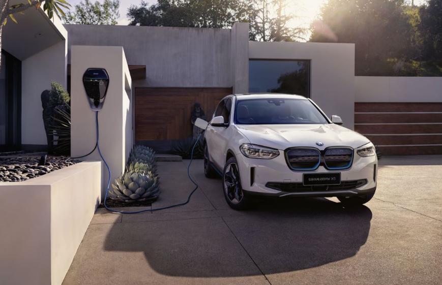 创新纯电动BMW iX3广州车展正式上市  豪华品牌新能源车领域再起风云