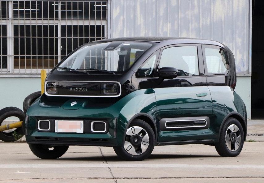 """宝骏新车被称""""怪物""""?续航可达305公里,售价6.98万,会火吗?"""