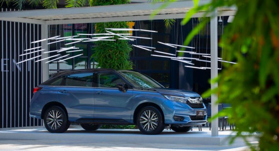 """大五座SUV市场标杆如何突破 """"第三空间""""成冠道新卖点?"""
