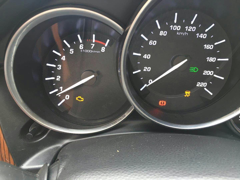 众泰汽车-众泰sr9 新车问题多,发动机故障灯无故亮起,变速箱挂挡异常