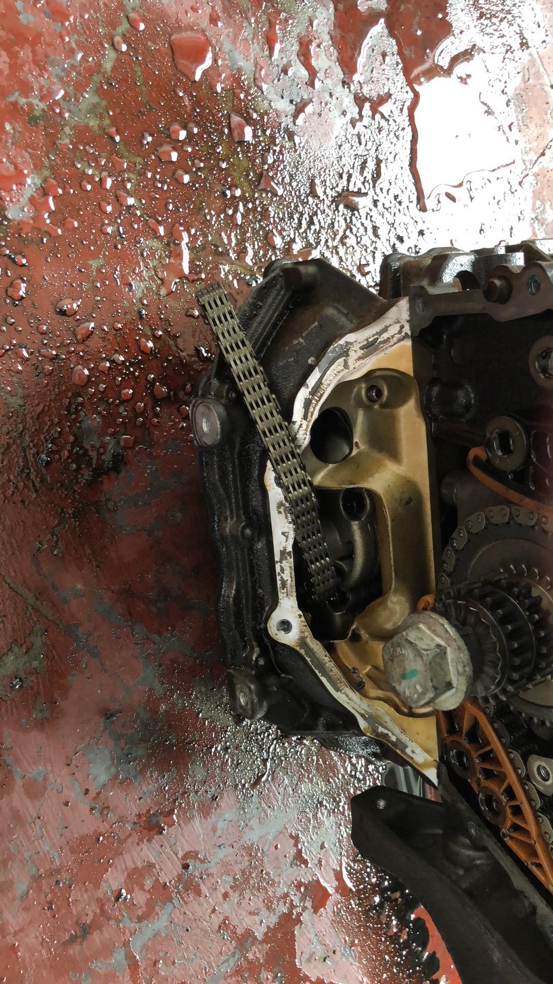 大众-速腾 EA888二代发动机涨紧器存在质量缺陷,正时链条跳齿