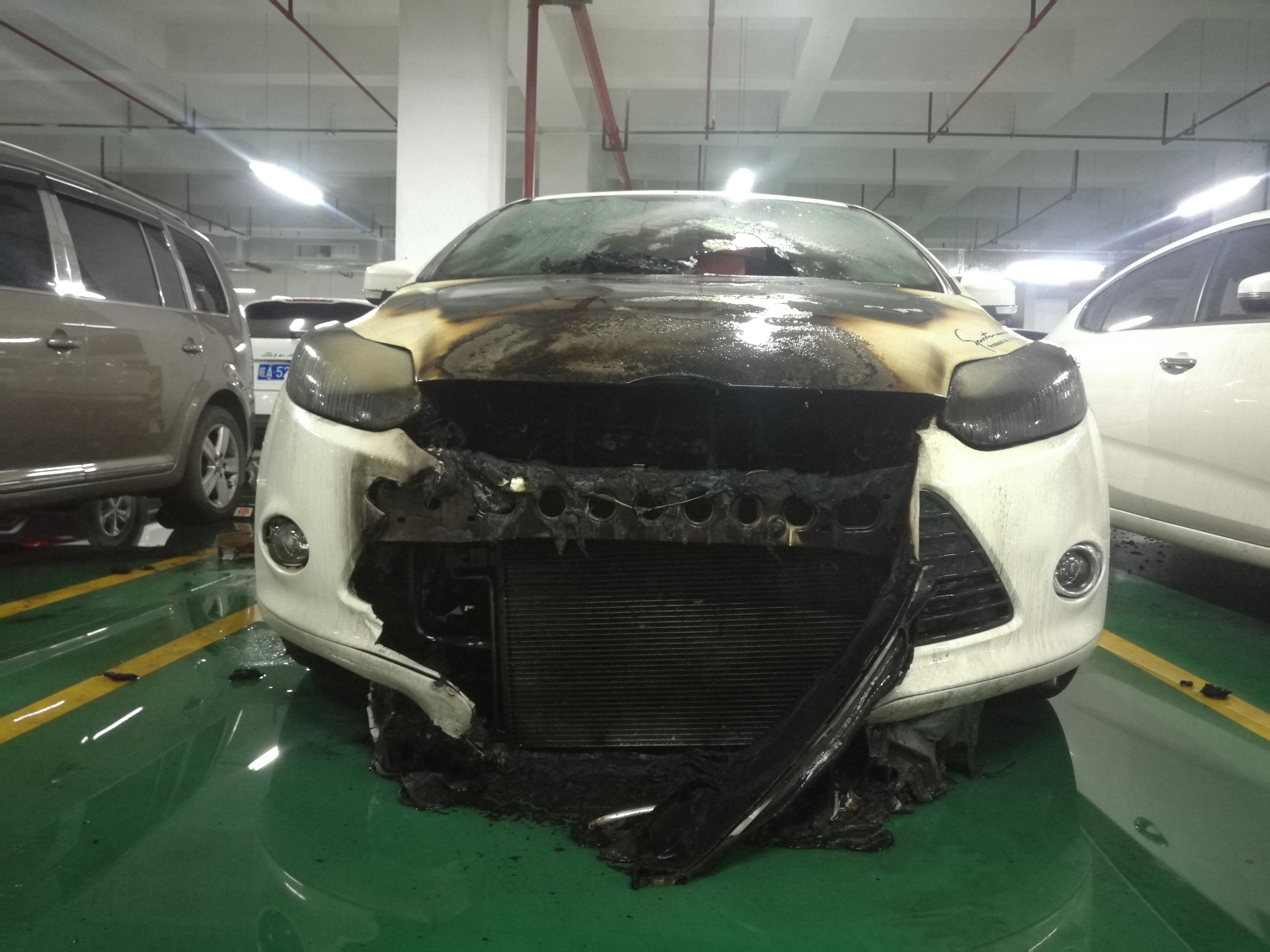 长安福特-福克斯 福克斯车辆停放3小时发生自然车质量有问题