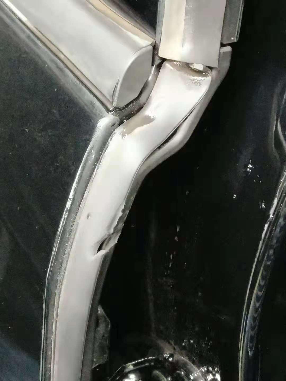 长安福特-探险者4S店售卖瑕疵车、问题车