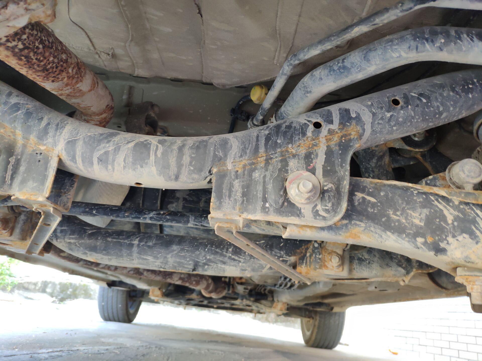 广汽传祺-传祺GS4 购车刚好两年一直在4S店保养,车底竟然生锈腐蚀严重