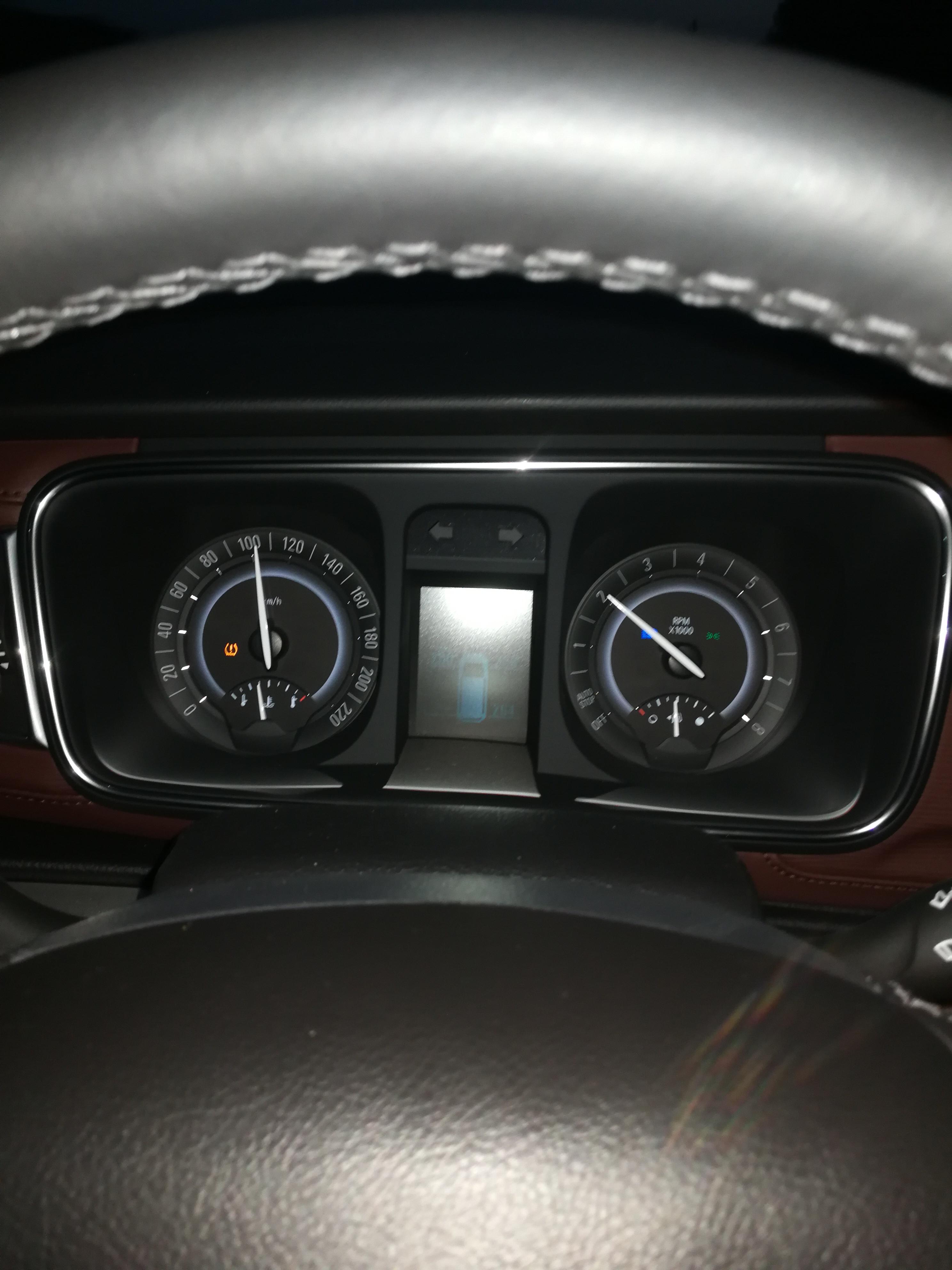 上汽通用-別克GL8 車剛開100多公里就開始有個小毛病