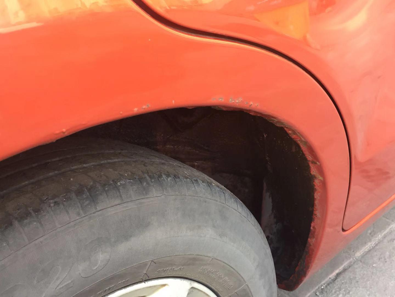 上汽通用-赛欧 后翼子板生锈腐蚀严重影响美观