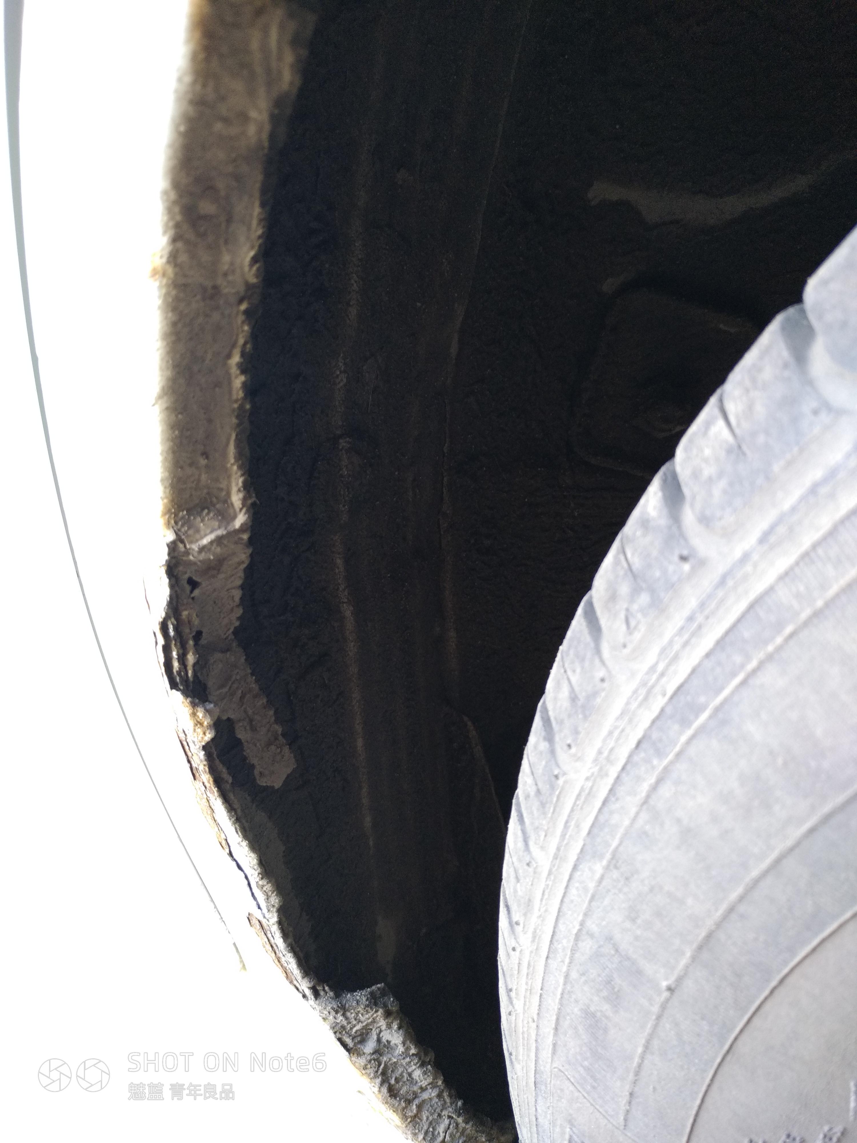 上汽通用-赛欧 车身腐蚀严重,方向机漏油