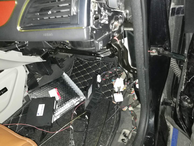 众泰-众泰Z700 新车电吸门锁有问题,请求尽快维修
