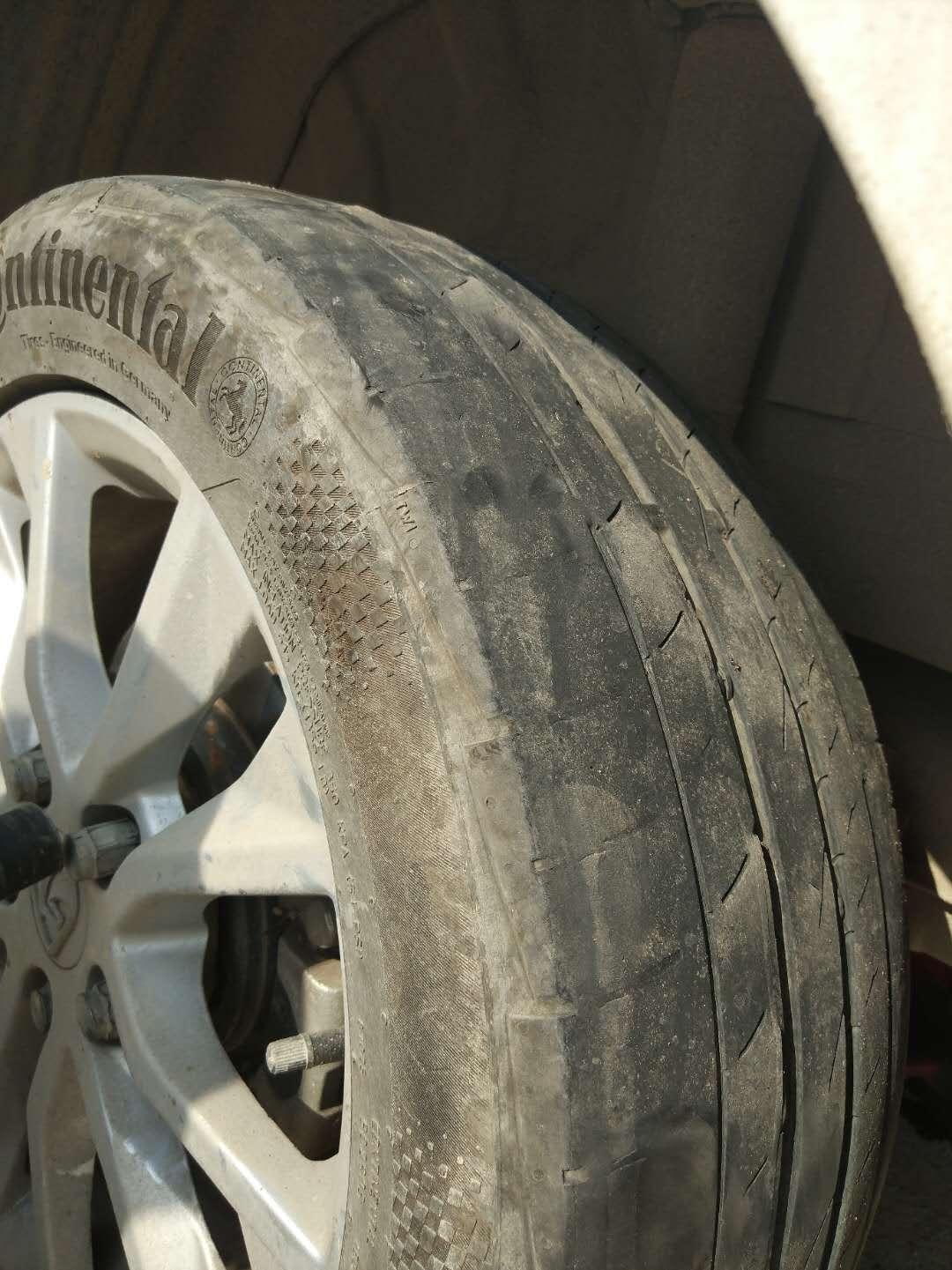 上汽通用五菱-宝骏730 后桥引起轮胎一侧严重磨损