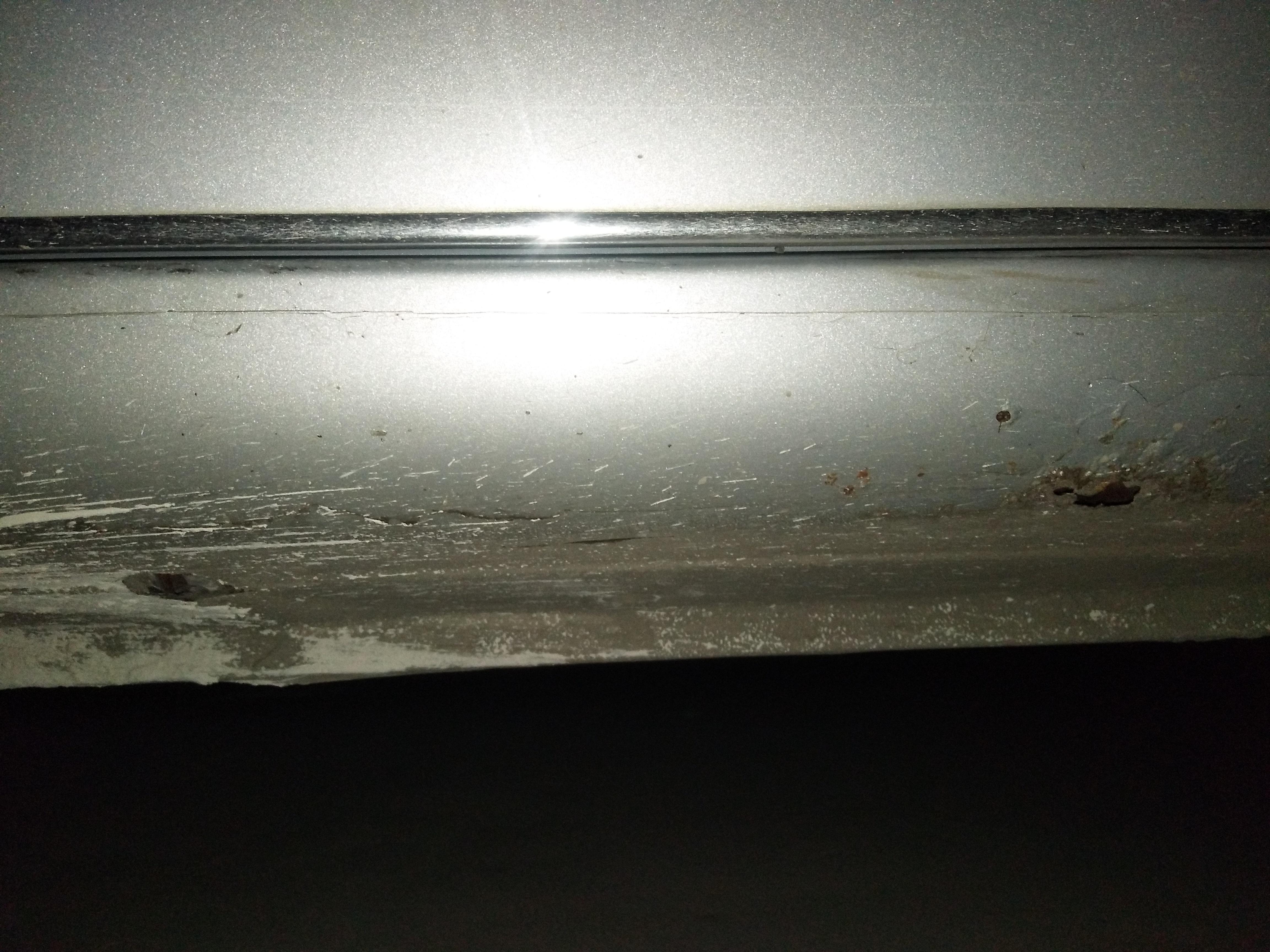 海马郑州-海马M3 车身门槛下面腐蚀严重,车身门槛下面生锈
