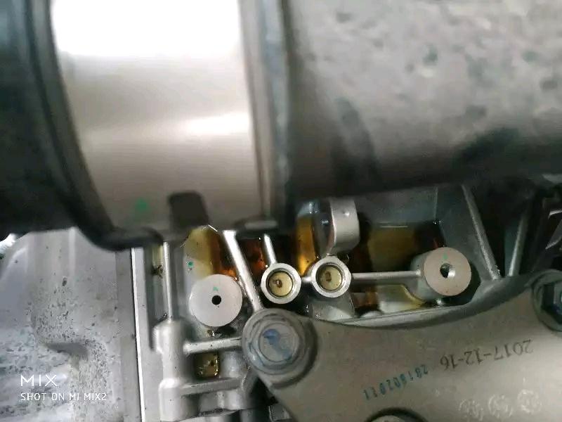 上汽通用五菱-宝骏530 变速箱缸盖渗油