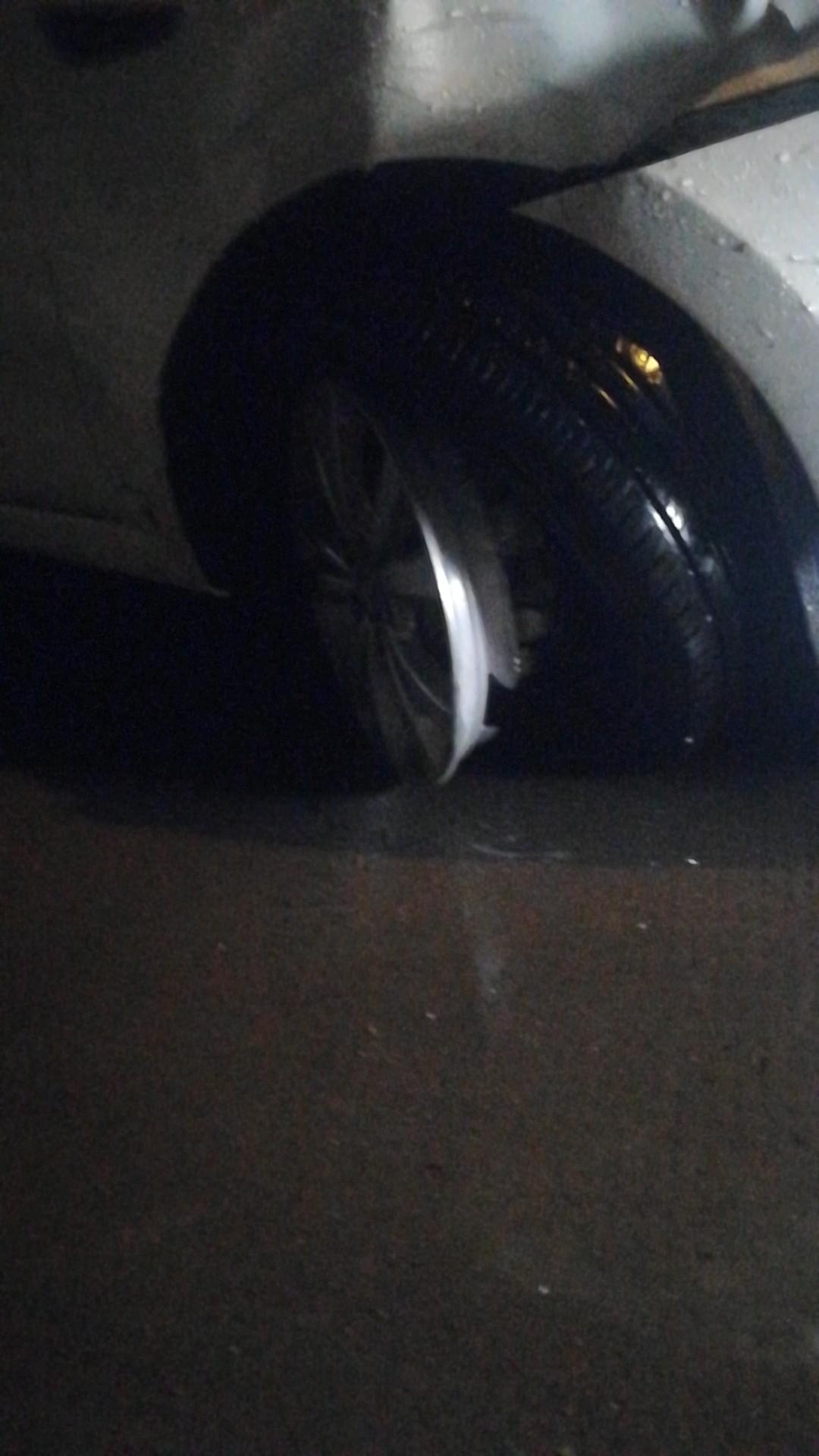 长安汽车-逸动 轮轴断裂