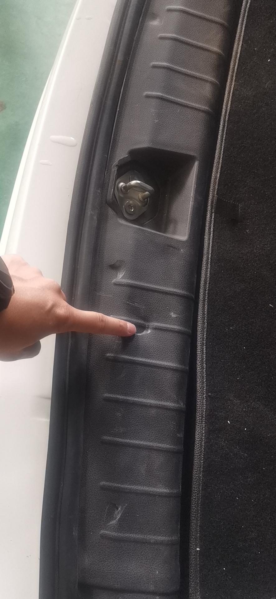 众泰-众泰E200 车辆维修时间长,售后维修技术差