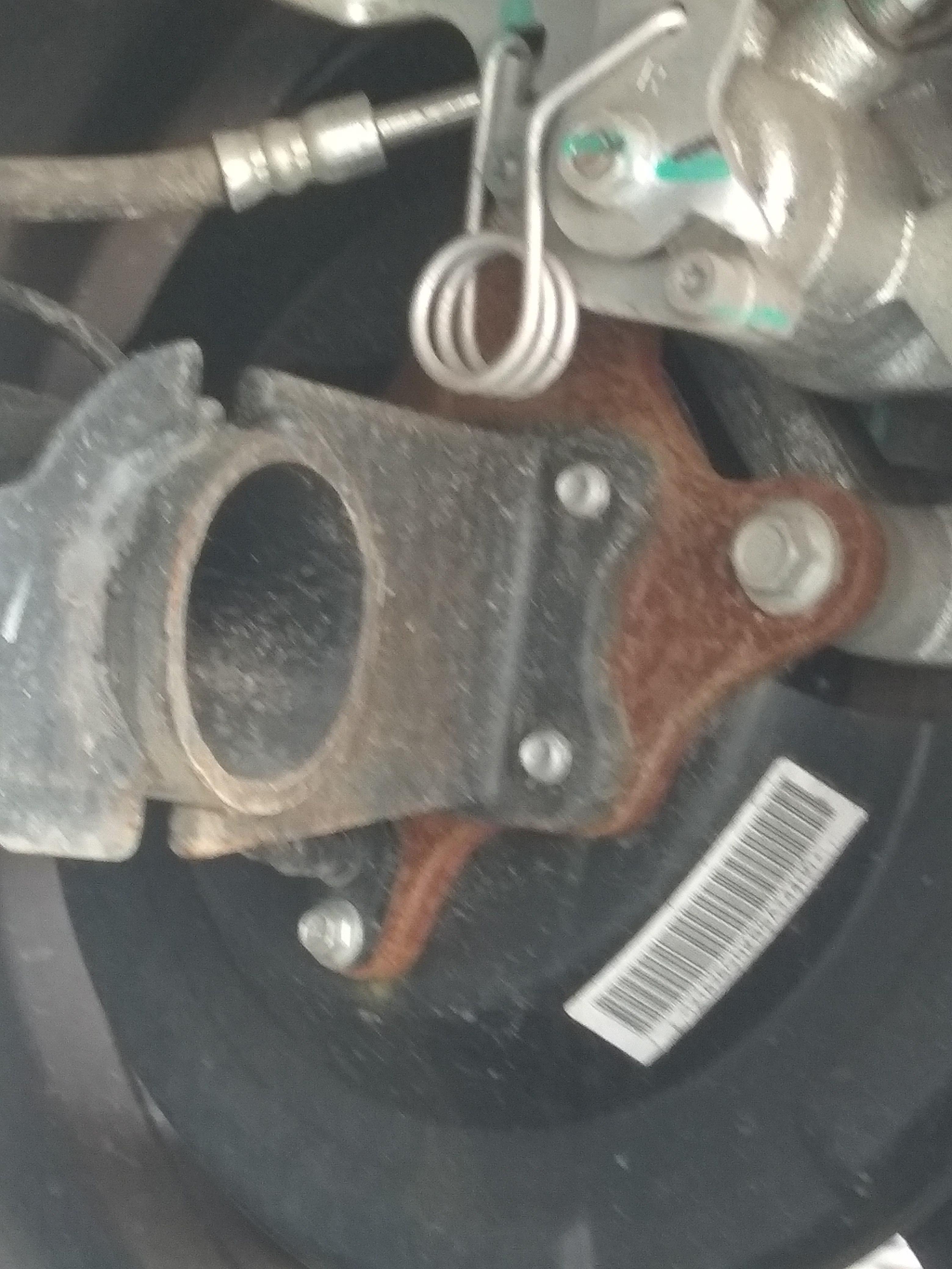 奇瑞汽車-瑞虎3X 車輛生銹,噪音問題