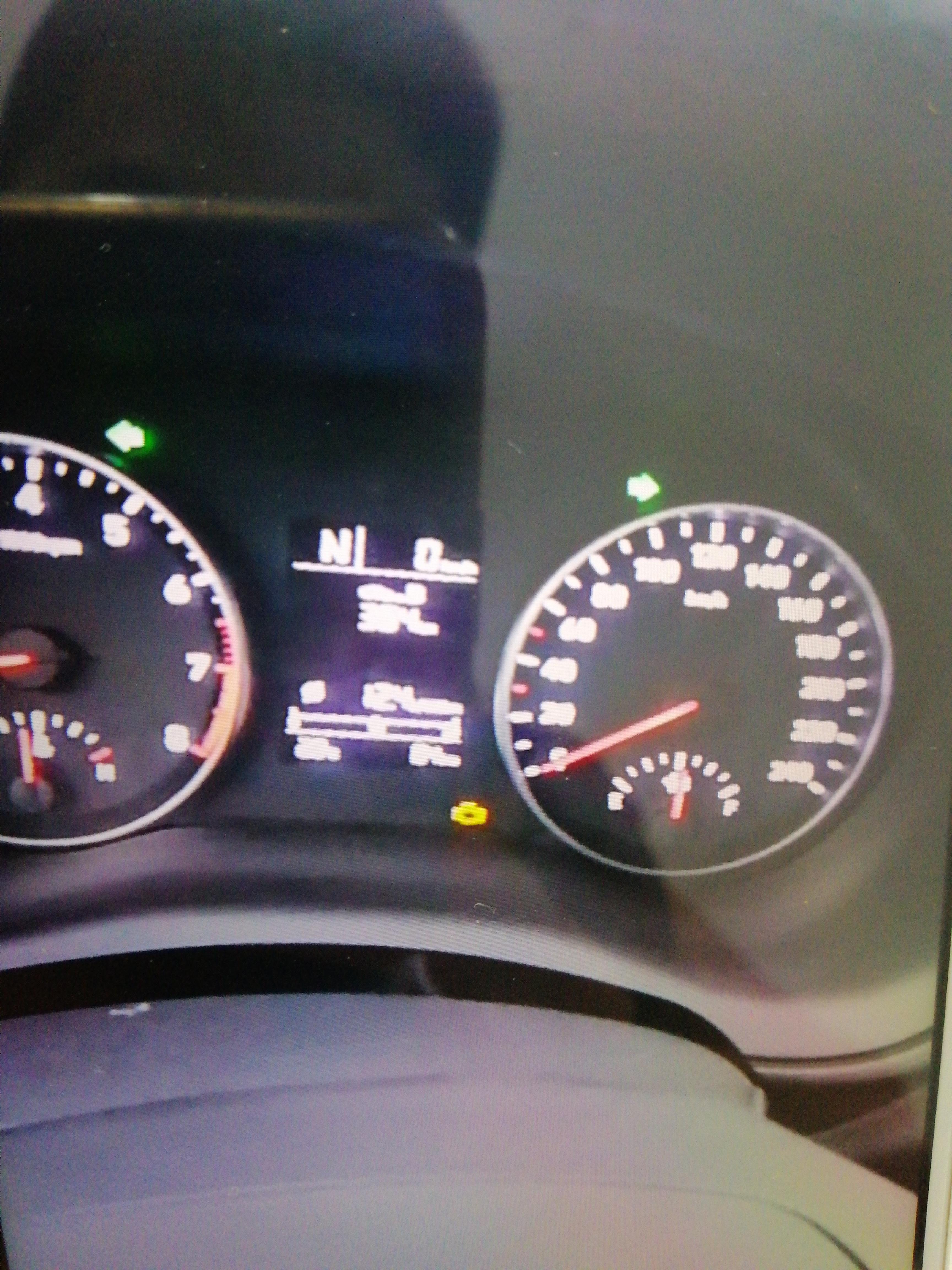 北京现代-悦动 新车在行驶中从60码直接掉速到30码