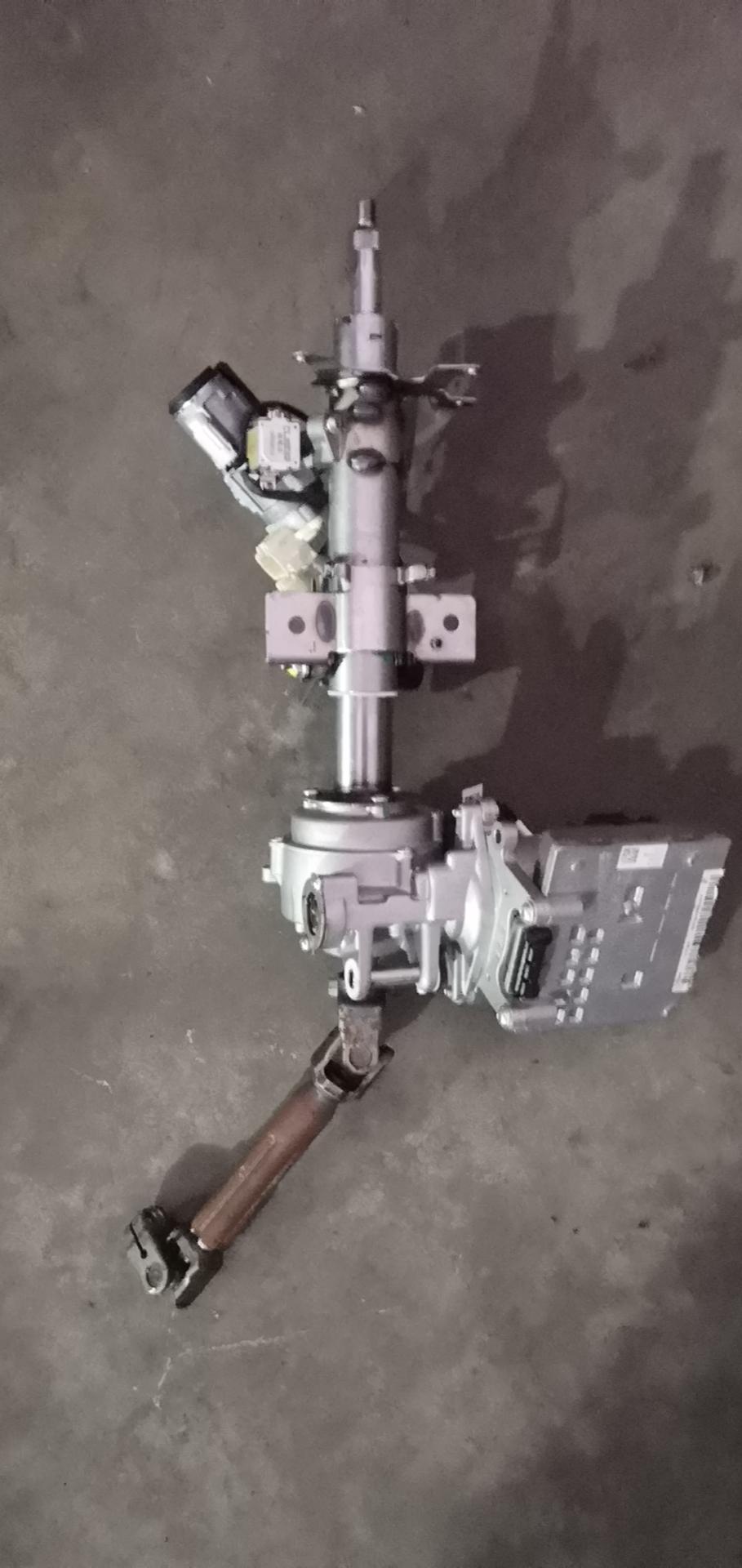 奔騰-奔騰B30 方向機轉向支柱有問題,都換了兩個了