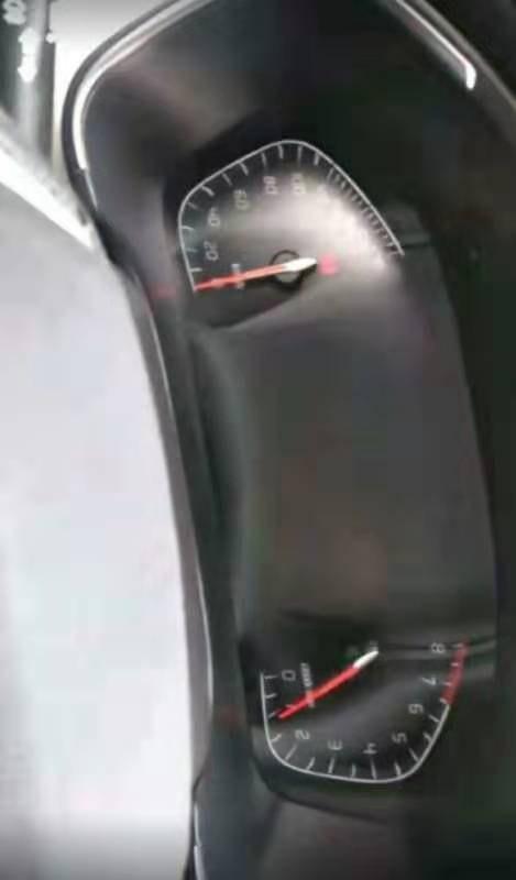 长安99XXXX开心-长安CS75 天窗脱胶,发动机部件生锈,车门车漆鼓包开裂生锈