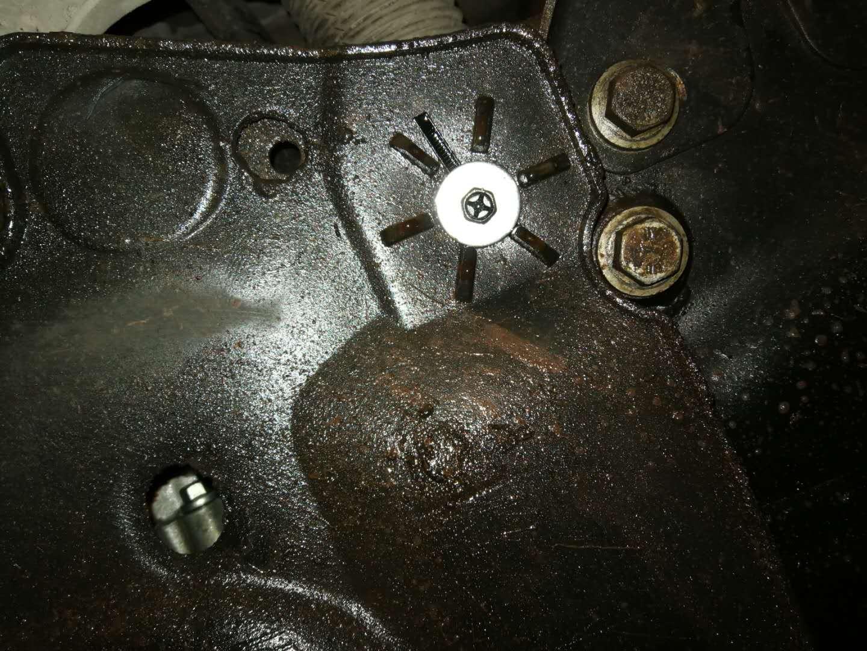 長安福特-蒙迪歐 無法換擋、漏油、倒檔無動力返修后再次漏油