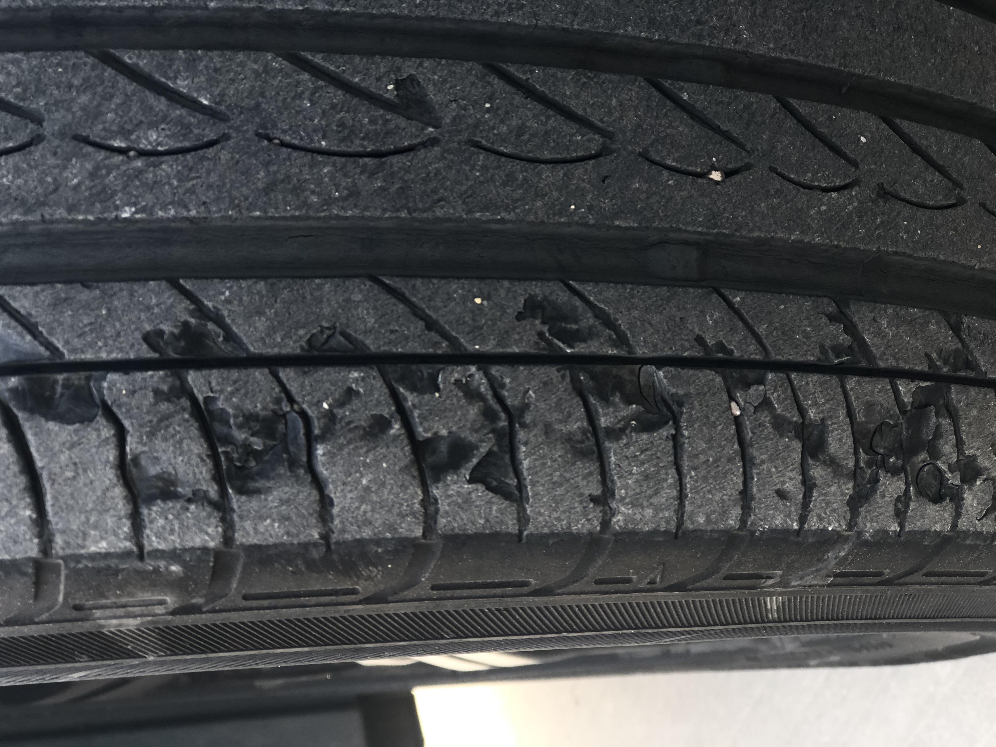 本田-思域原厂自带优科豪马横滨轮胎严重质量问题,拿消费者生命当儿戏,请厂家高度重视!