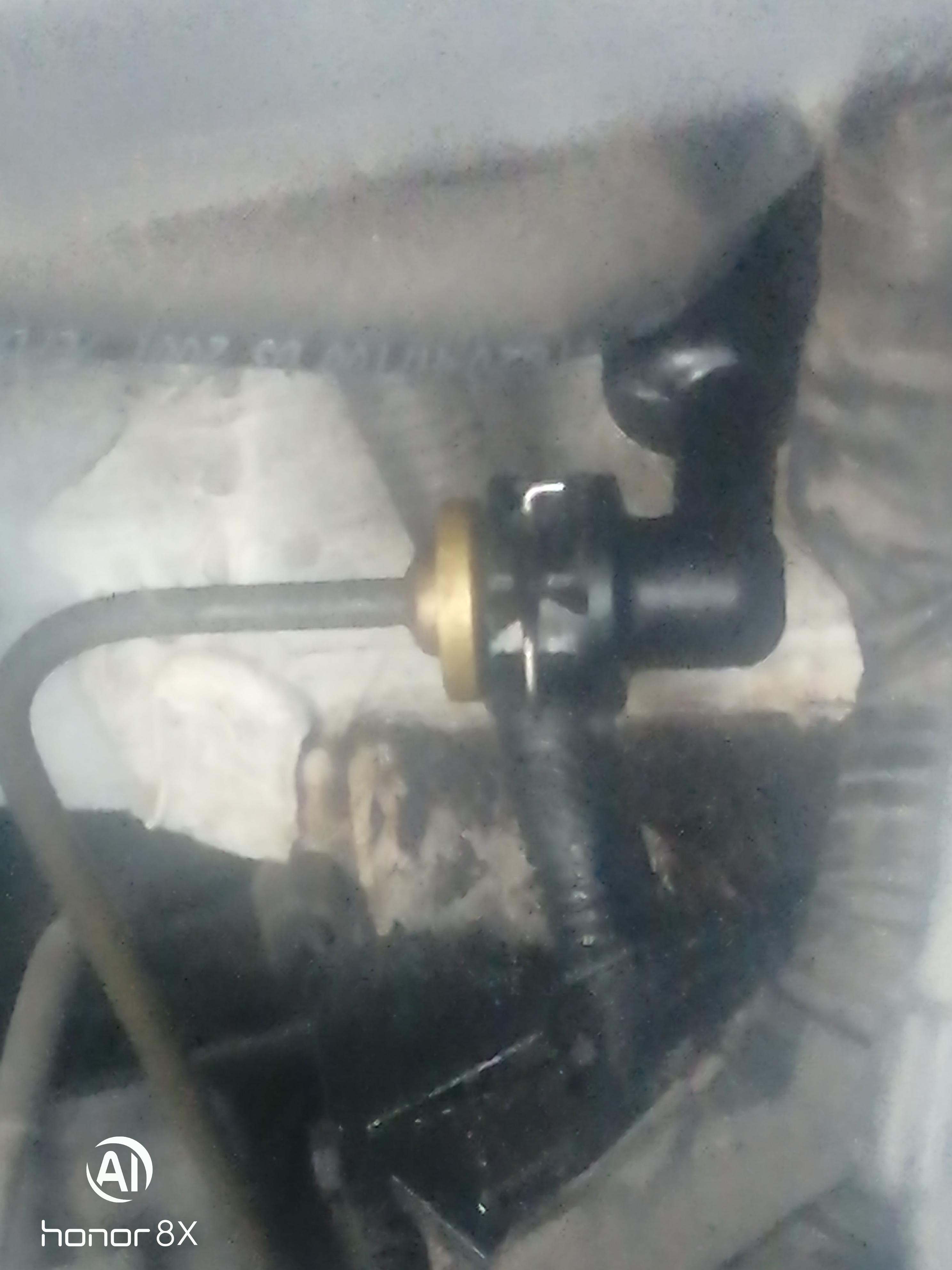 现代-瑞纳离合器泵漏油而且连接的是刹车油壶