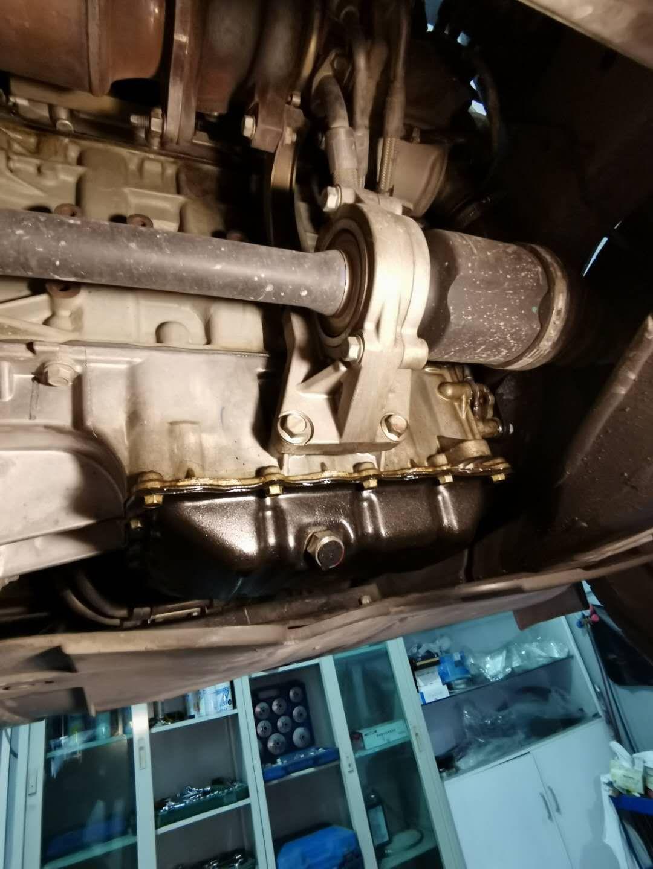 广汽传祺-传祺GS83年刚过质保,发动机漏油,大修!坑爹的国产车!