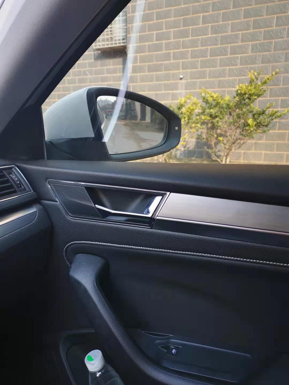 斯柯达-明锐左右后视镜中看到驾驶室影像存在严重安全隐患