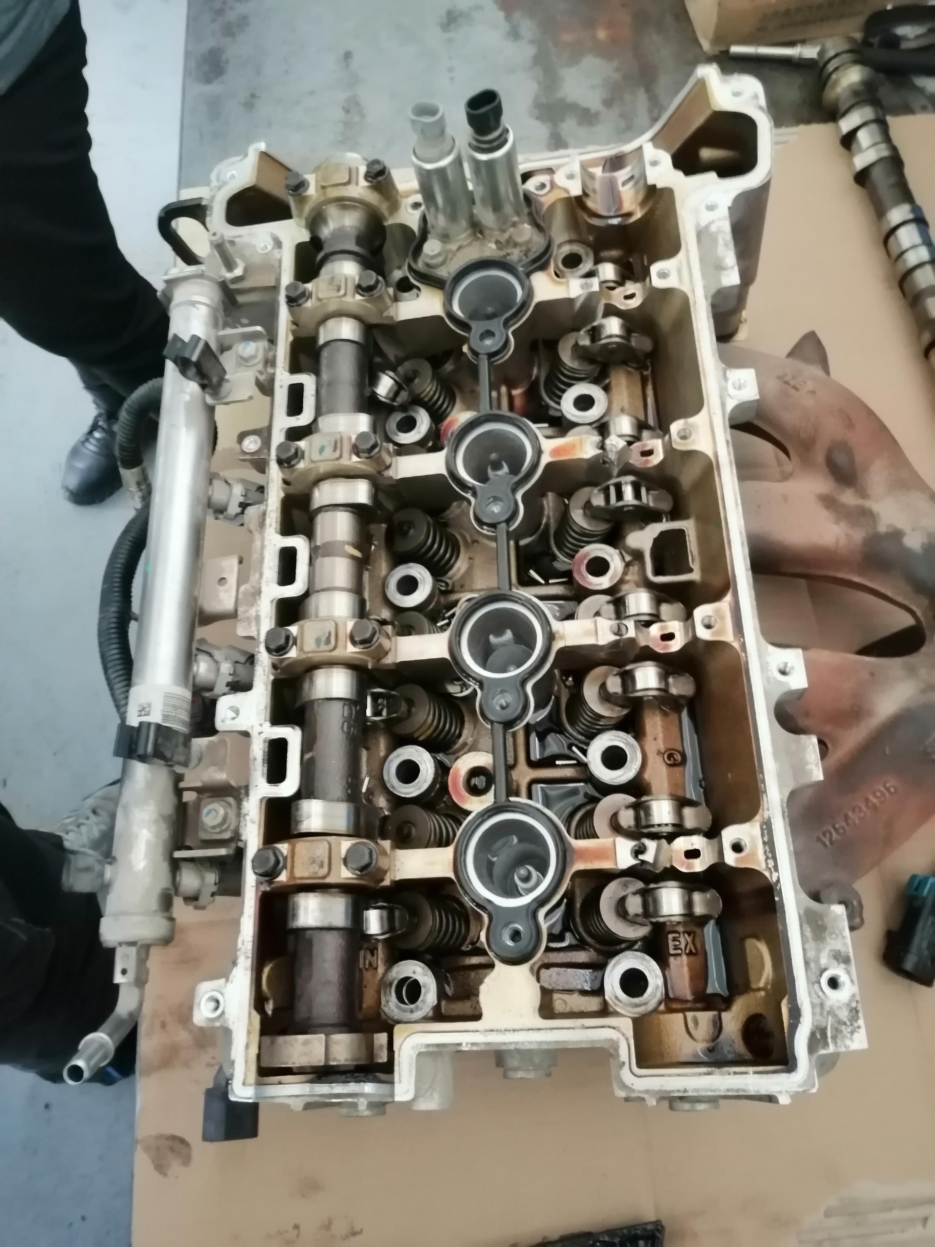 雪佛兰-迈锐宝发动机无故内部损坏大修