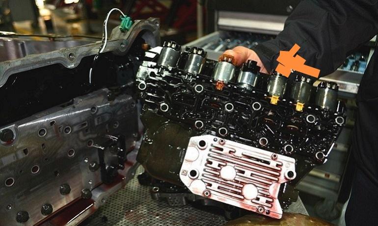 别克GL8变速箱损坏且多处异响,厂家以过保为由需自费维修