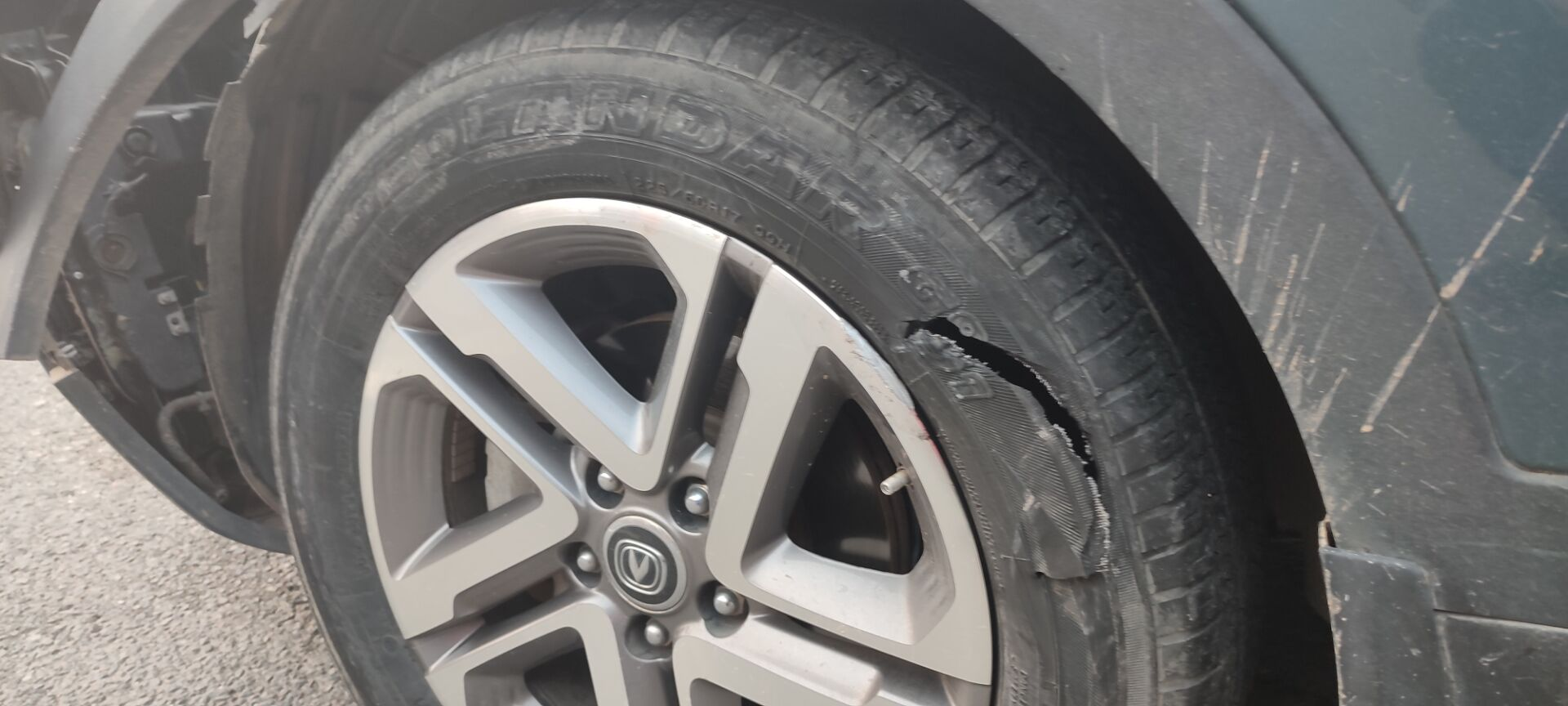 長安汽車CS55車輛出嚴重事故,但安全氣囊因存在質量問題沒彈起